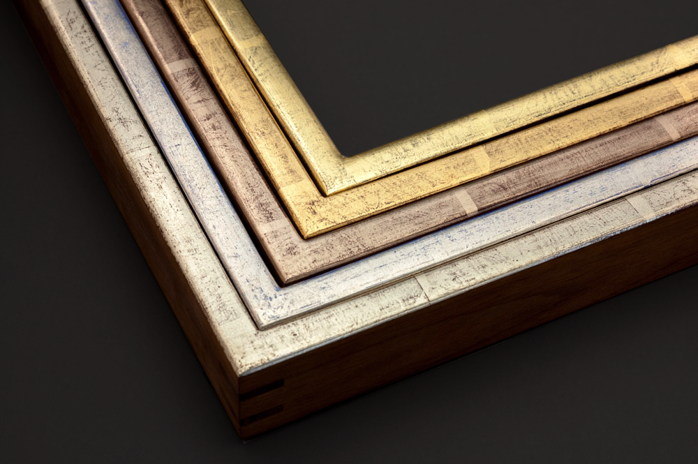 Gilded frames in a variety of finishes